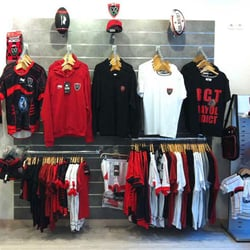 nouveaux styles e88e2 bf560 Boutique Rugby Marseille - FERMÉ - Vêtements de sport - 26 ...