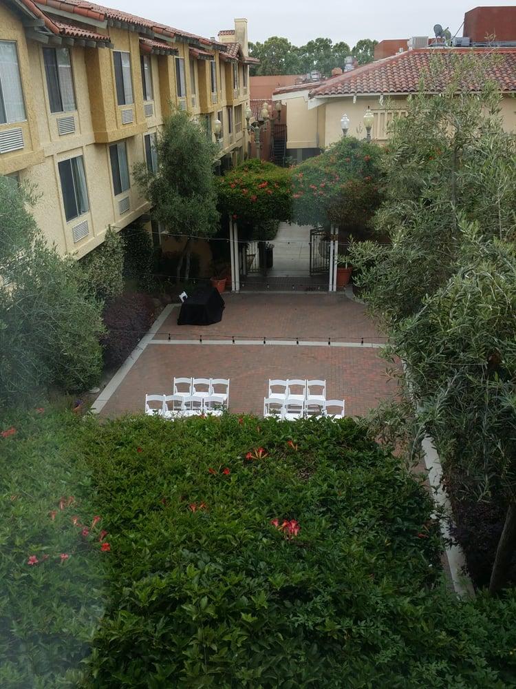 DoubleTree by Hilton Hotel Campbell - Pruneyard Plaza   1995 South Bascom Avenue, Campbell, CA, 95008   +1 (408) 559-4300