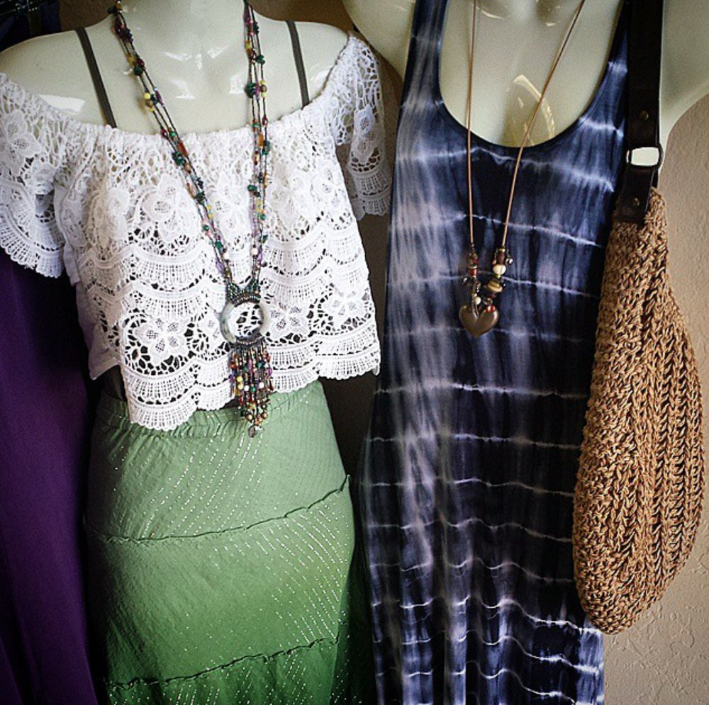 Trade Winds Consignment Boutique: 39044 Hwy 299, Willow Creek, CA