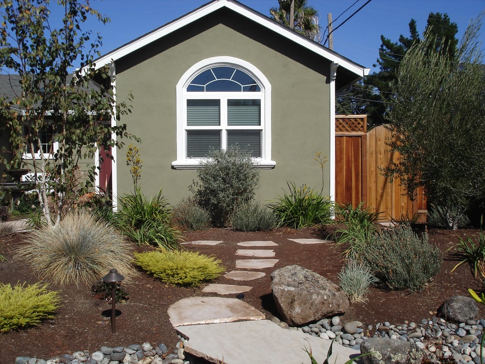 Drought tolerant no lawn front yard yelp for Drought tolerant yard