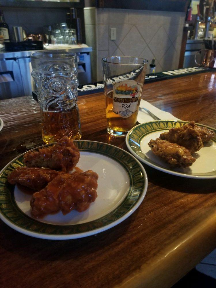 Taps and Hops Eatery: 4-885 Kuhio Hwy, Kapaʻa, HI