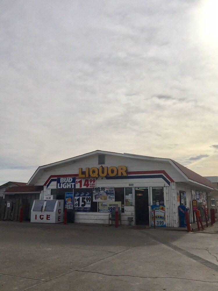 U-Pump-It of Dacono: 600 Glen Creighton Dr, Dacono, CO