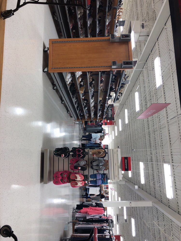 TJ Maxx: 6280 Ronald Reagan Dr, Lake St Louis, MO