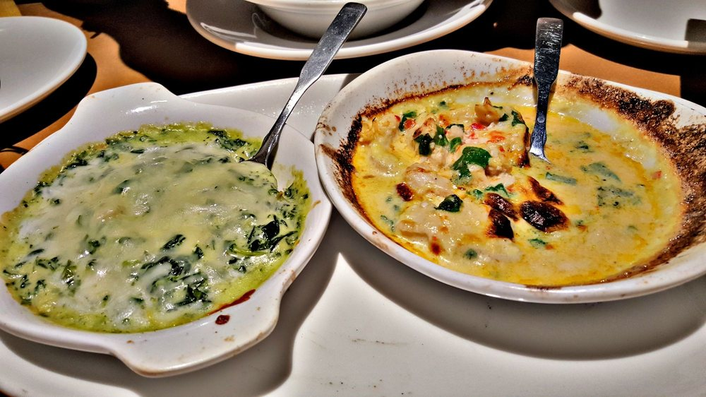 Dip duo spinach artichoke and angry spicy chicken alfredo - Spinach artichoke dip olive garden ...