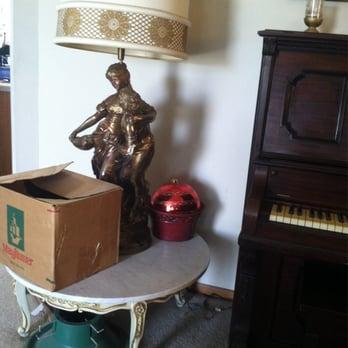Photo Of Aardvark Moving Omaha   Omaha, NE, United States. The Table And