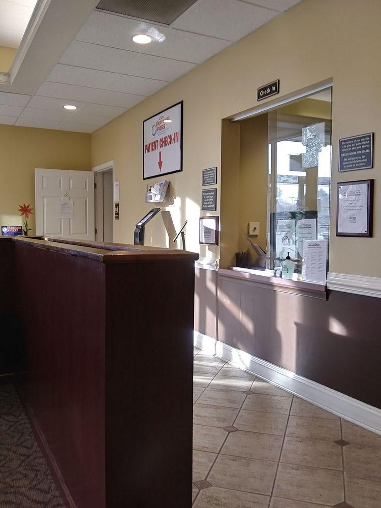 ExpressCare Urgent Care Center -Salisbury: 659 S Salisbury Blvd, Salisbury, MD