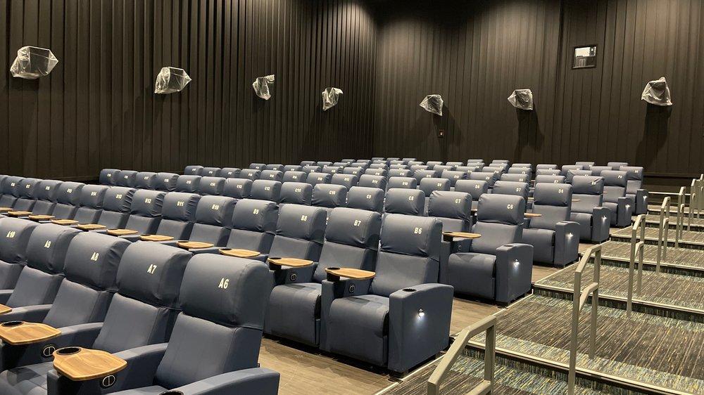 NCG Cinema - Alton: 160 Alton Sq, Alton, IL