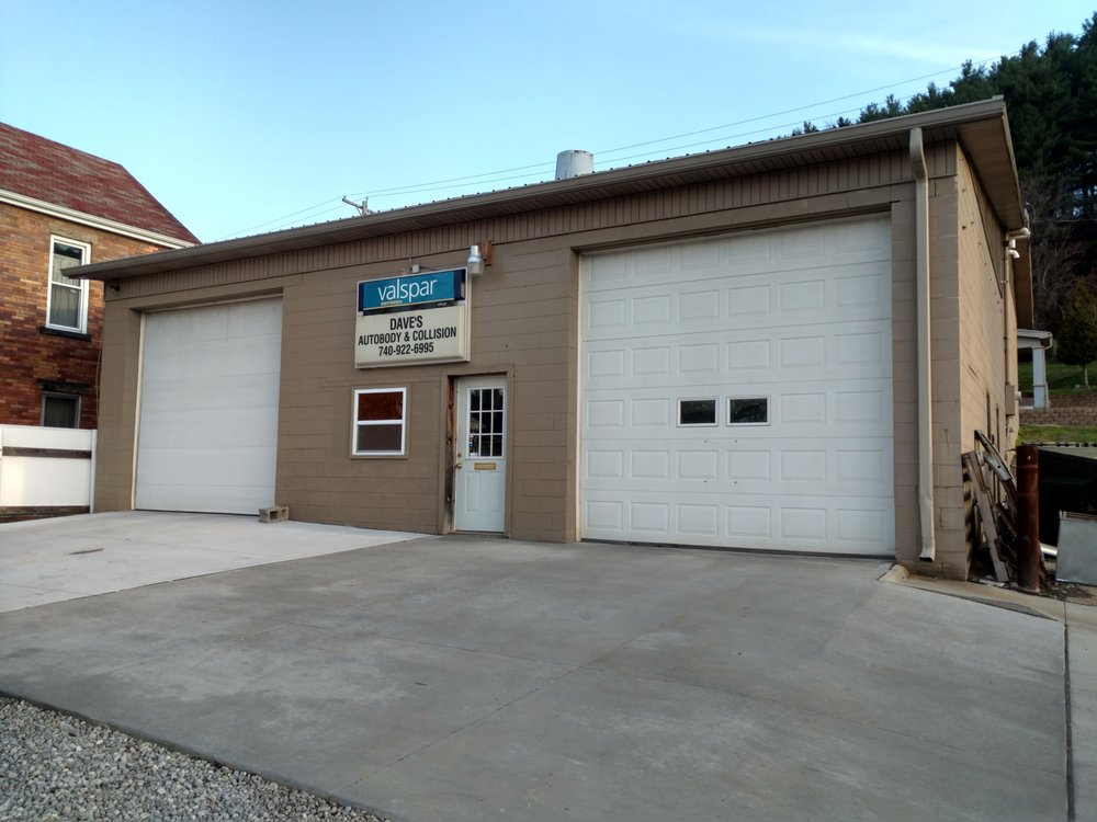 Daves Auto Body & Collision: 425 Grant St, Dennison, OH