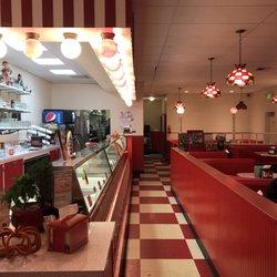 Photo Of Scoop Sundae Palace Restaurant Mount Vernon Wa United States