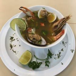 Barbaritos fresh fish meat market marisquer as 1067 for Fresh fish market miami