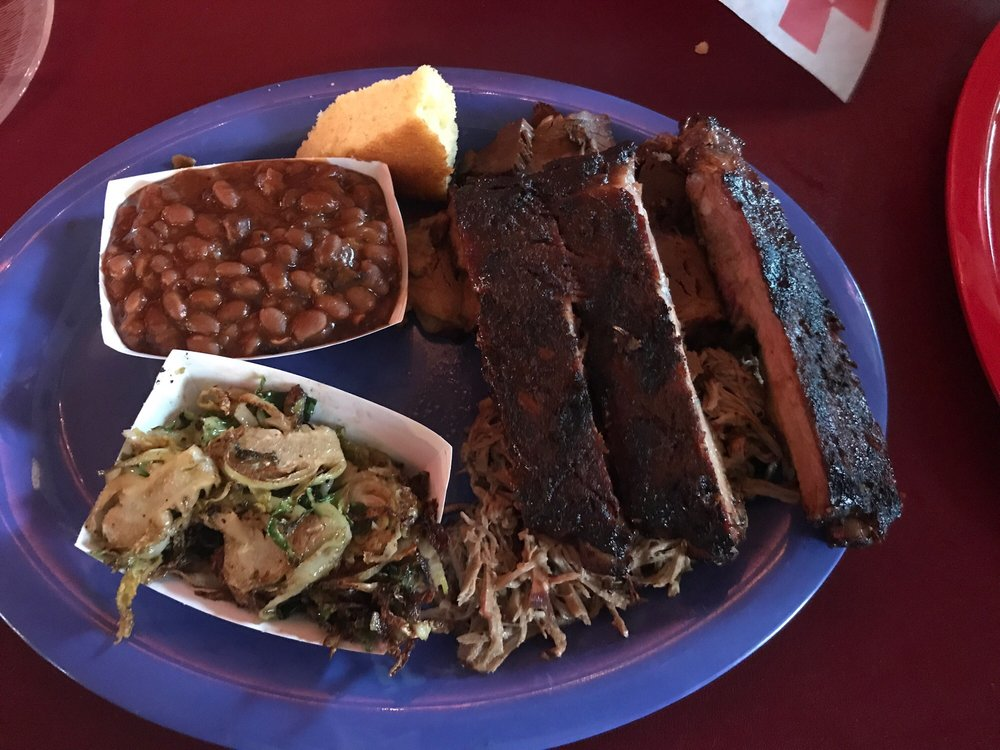 Food from Grumpy's Bar B Que Roadhouse
