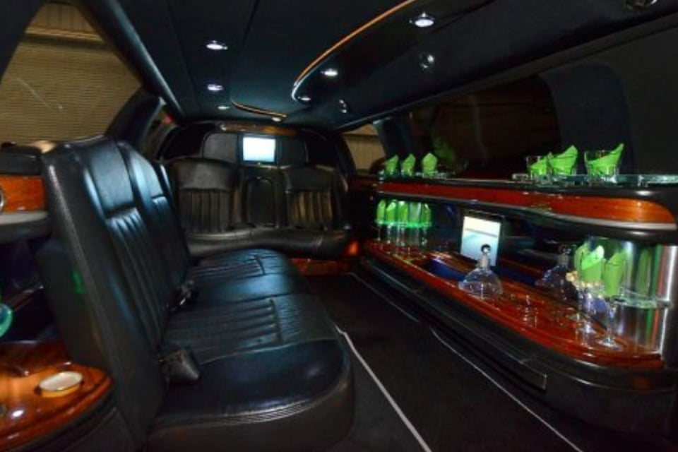 Walnut Creek Town Car and Limo Service: Danville, CA