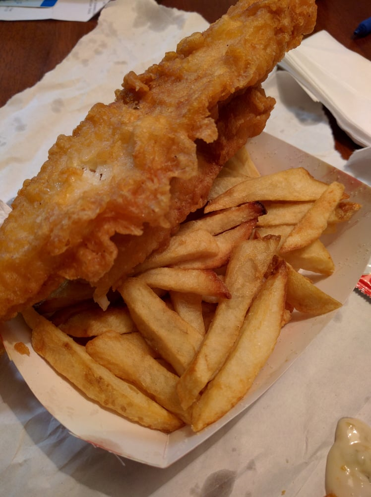 H salt esquire fish chips 13 photos 63 reviews for Fish and chips restaurant near me