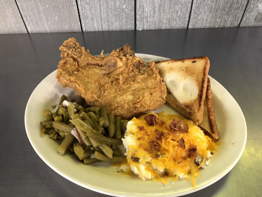 Johnsville's Country Store: 3508 Hwy 160, Hermitage, AR