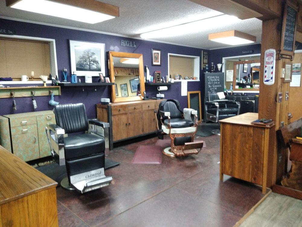 Bradford's Barber Shop: 1650 SW Baker St, McMinnville, OR