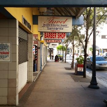 Tavel Barber Shop & Supply 124 s & 17 Reviews