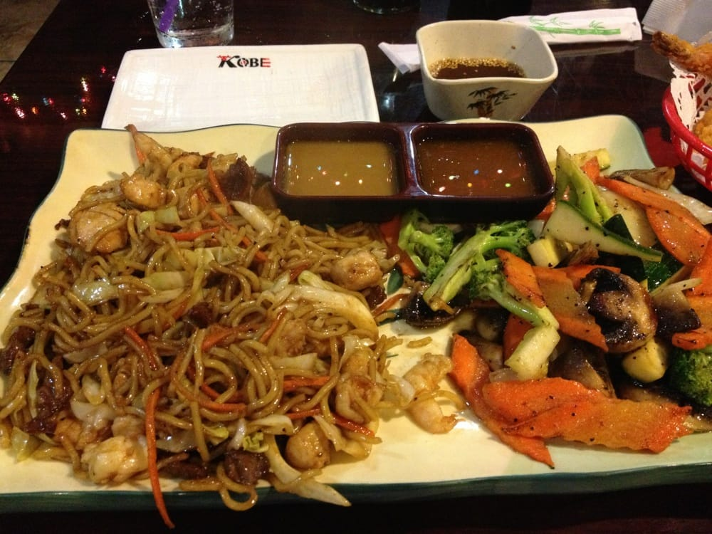 Yaki Soba Chicken Beef Shrimp Combo Yelp