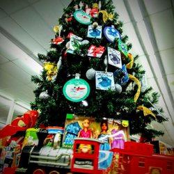 Cvs Christmas Lights.Cvs Pharmacy 73 Photos 102 Reviews Drugstores 480 S