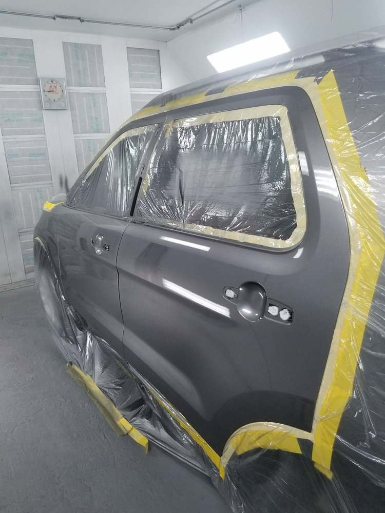 Auto Body Engineering Specialist: 46-016 Alaloa St, Kaneohe, HI