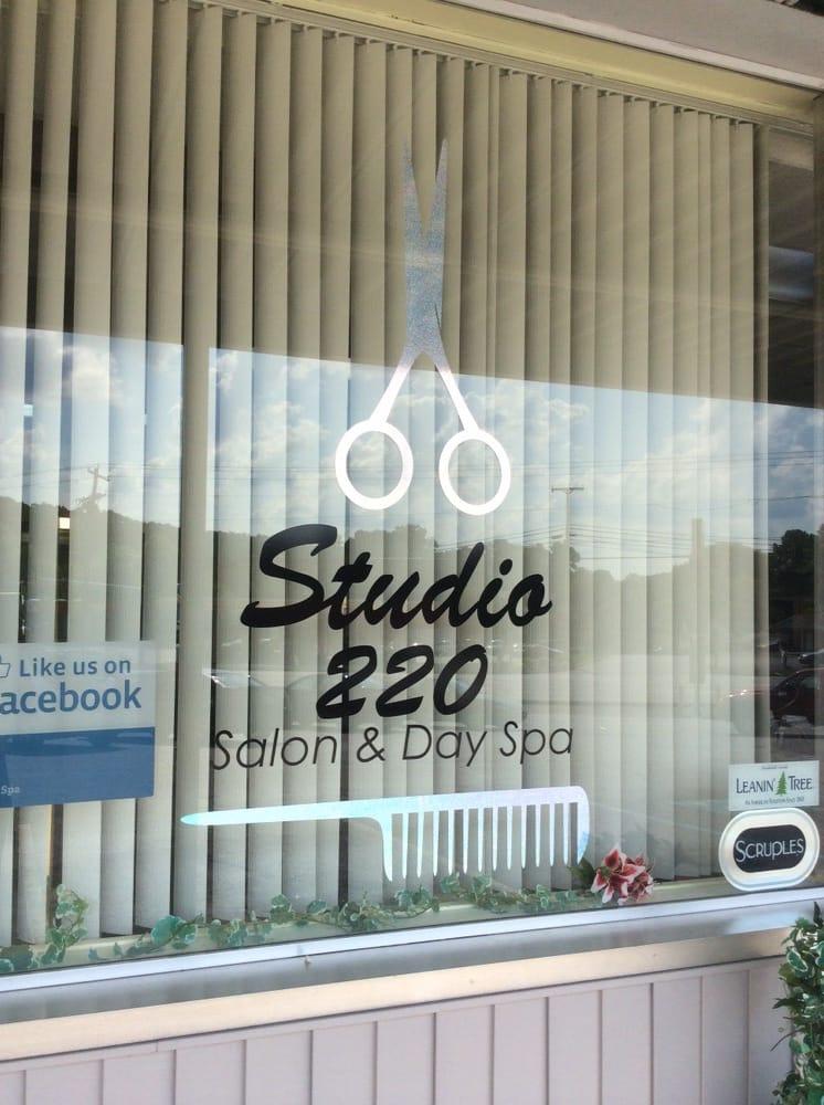 Studio 220 & Day Spa: 2626 Virginia Ave, Collinsville, VA