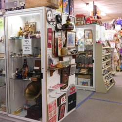 antique stores louisville ky South Louisville Antique & Toy Mall   16 Photos   Antiques   4150  antique stores louisville ky