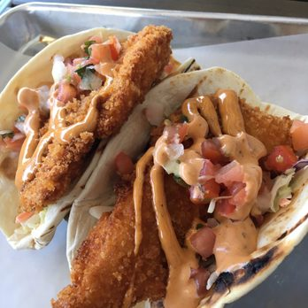 Shannon j 39 s reviews minneapolis yelp for Halibut fish tacos