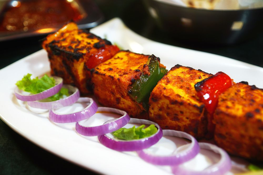 Zayka Indian Cuisine: 805 SW Service Rd, Southern Pines, NC