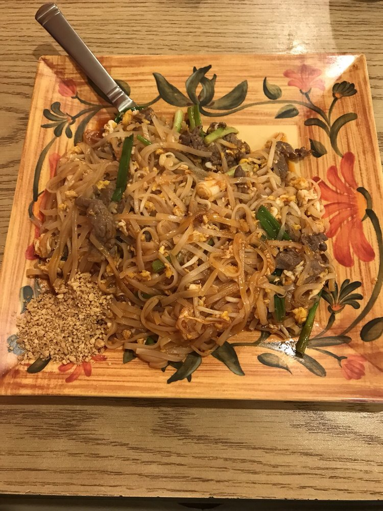 Jasmine Thai Cuisine: 1409 N Main St, Harrison, AR