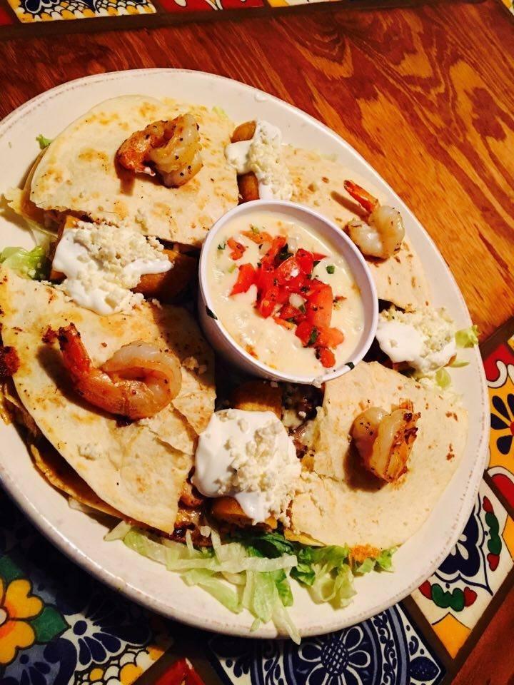 Los Cabos Mexican Restaurant: 1363 N Sandhills Blvd, Aberdeen, NC