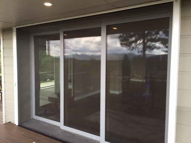 Vistaview is retractable screen door designed specifically for Wizard retractable screen door