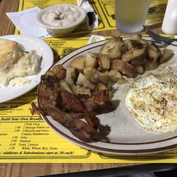 Photo Of Ozark Country Restaurant Little Rock Ar United States Biscuit