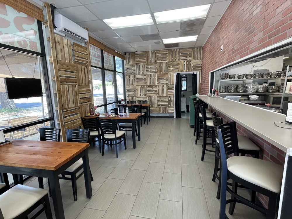 millet's Cafe: 1440 Beaumont Ave, Beaumont, CA