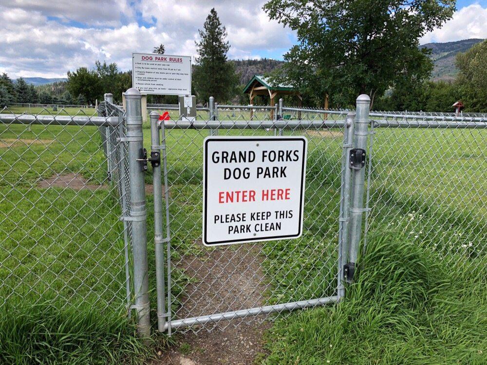 Grand Fork Dog Park: 6100 18 Street, Grand Forks, BC