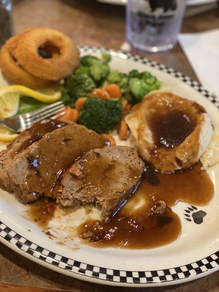 Black Bear Diner: 5661 Tinker Diagonal, Midwest City, OK