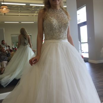 Photo Of La Belle Vie Bridal Boutique Bettendorf Ia United States