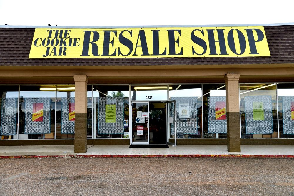 The Cookie Jar Resale Shop: 2236 N Alexander Dr, Baytown, TX