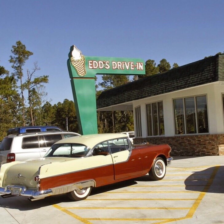Edd's Drive-In: 19400 Mississippi 63, Moss Point, MS