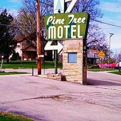 Photo Of Pine Tree Motel Lake Geneva Wi United States Sign