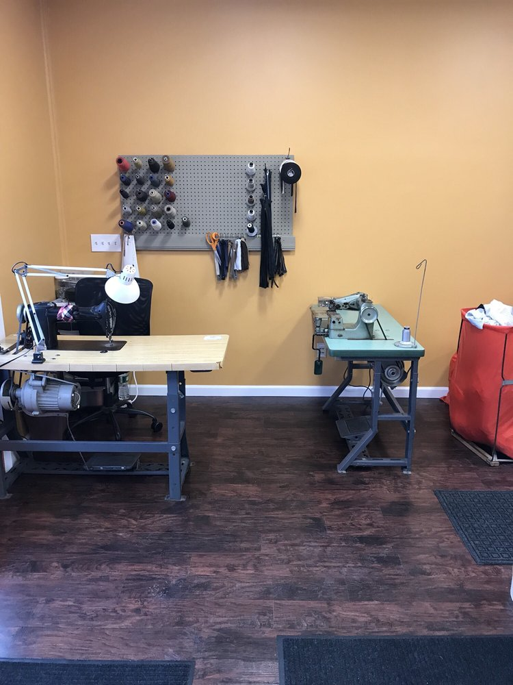 William Floyd Dry Cleaners: 1154 Montauk Hwy, Mastic, NY