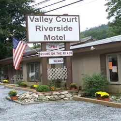 Photo Of Valleycourt Riverside Motel Chimney Rock Nc United States Closest To