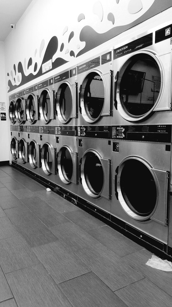 Super Suds Laundromat: 1217 N La Brea Ave, Inglewood, CA