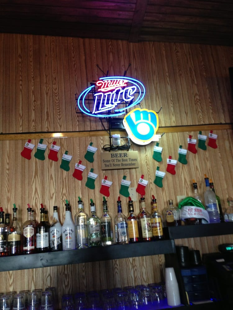 Pit Stop Bar & Grill: 1024 Western Ave, Mosinee, WI