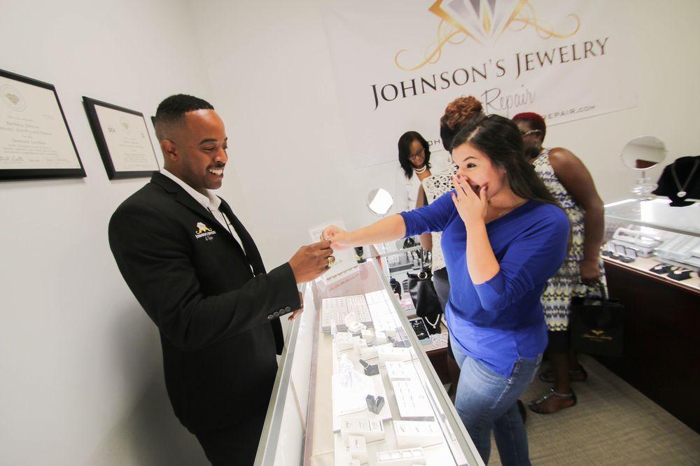 Johnson's Jewelry and Repair: 201 W Beltline Rd, Cedar Hill, TX