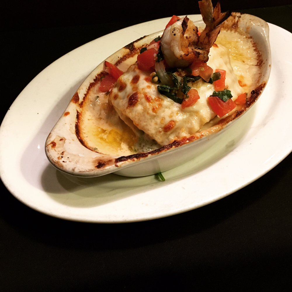 Luigi's Italian Restaurant: 346 Alta St, Gonzales, CA