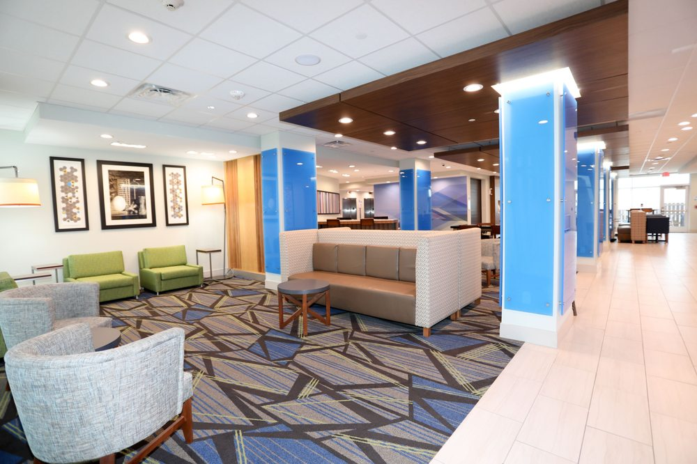 Holiday Inn Express & Suites Forney - Forney