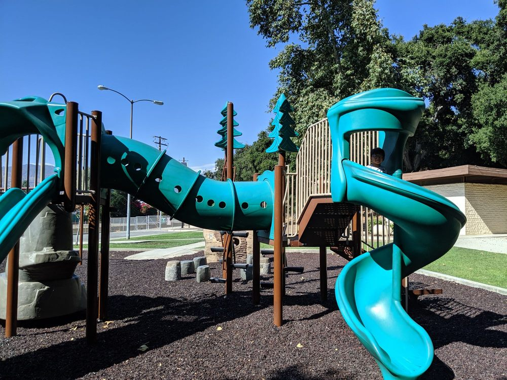 South Hills Park: 701 E Mauna Loa Ave, Glendora, CA