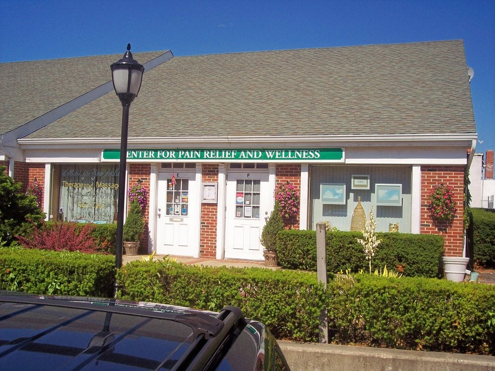 Center For Pain Relief: 80 W Main St, Babylon, NY