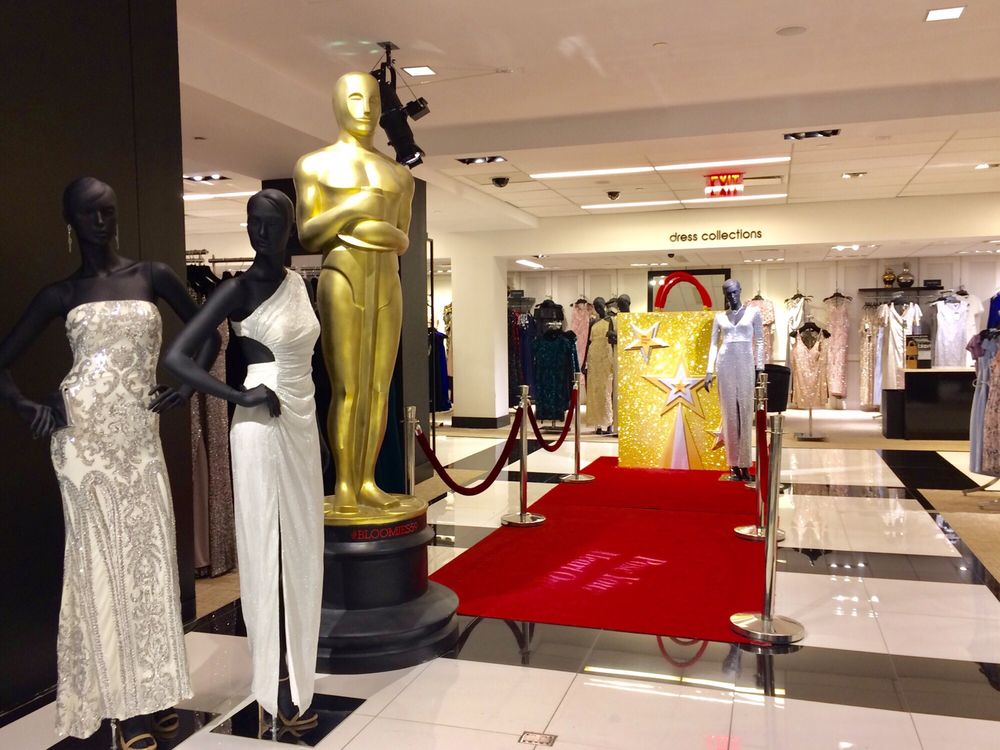 Bloomingdale's: 1000 3rd Ave, New York, NY
