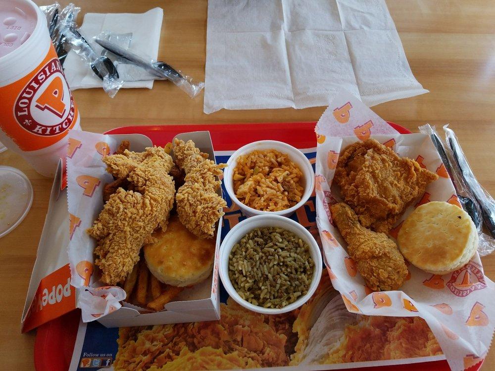 Popeyes Louisiana Kitchen: 1061 N State College Blvd, Anaheim, CA