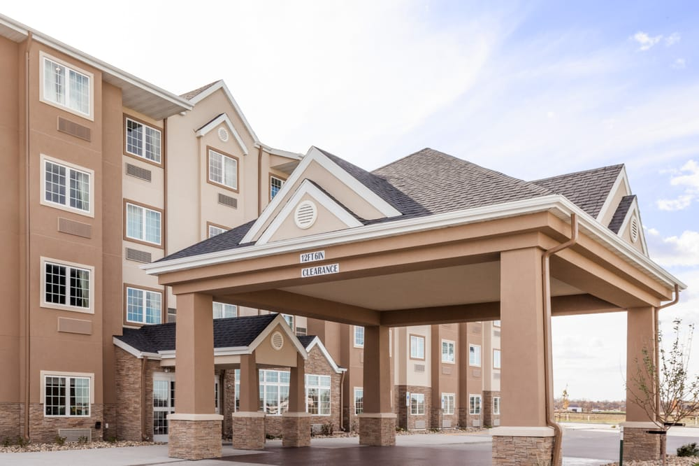 Microtel Inn & Suites by Wyndham West Fargo: 705 23rd Avenue East, Fargo, ND